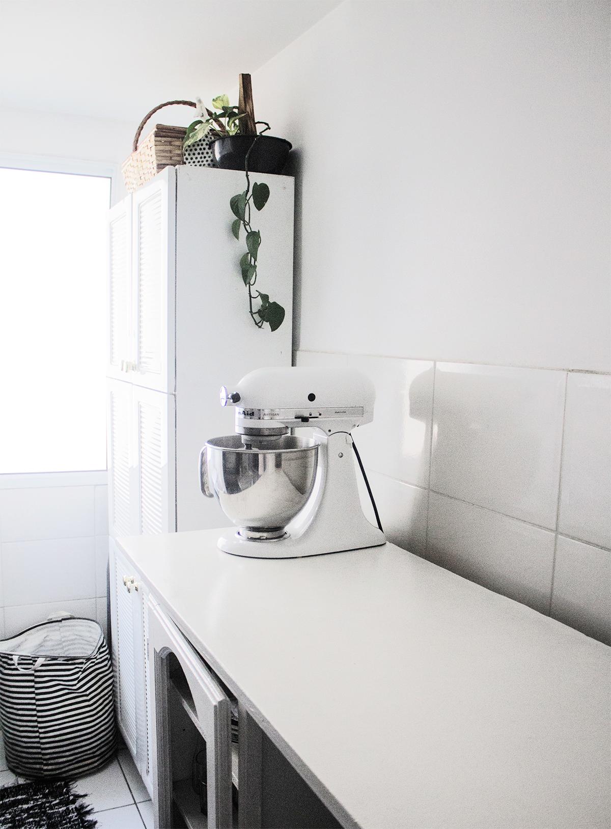 cozinha escandinava em apê alugado